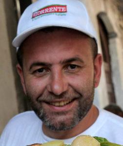 Salvatore Staiano foto 2 pizza fritta