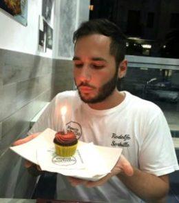festeggiamenti per la pizzeria di Sorbillo