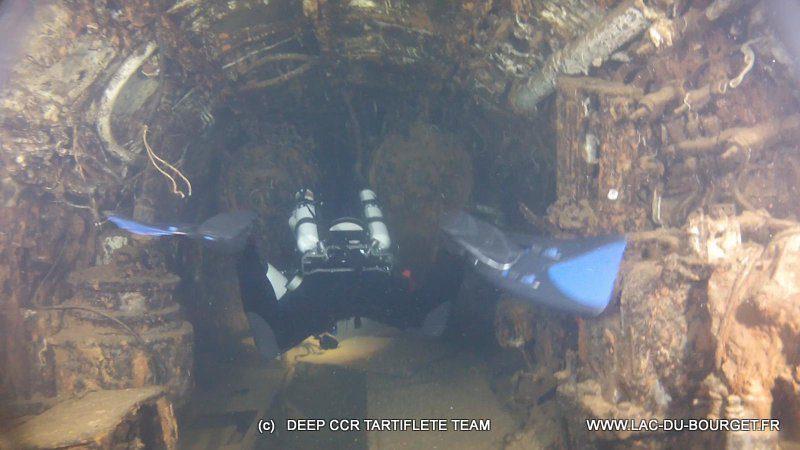 Pénétration du sous-marin le Rubis Plongée sur l'épave