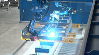 Grootste lasrobot van Nederland staat in Rijssen (Bron RTV Oost)