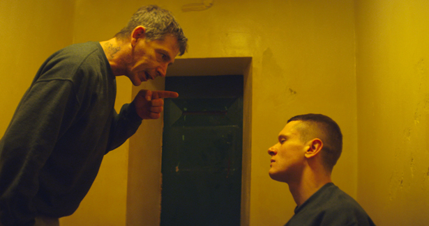 Starred_Up_12