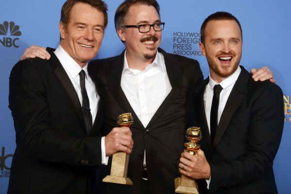 showbiz-golden-globes-2014-winners-bryan-cranston-vince-gilligan-aaron-paul