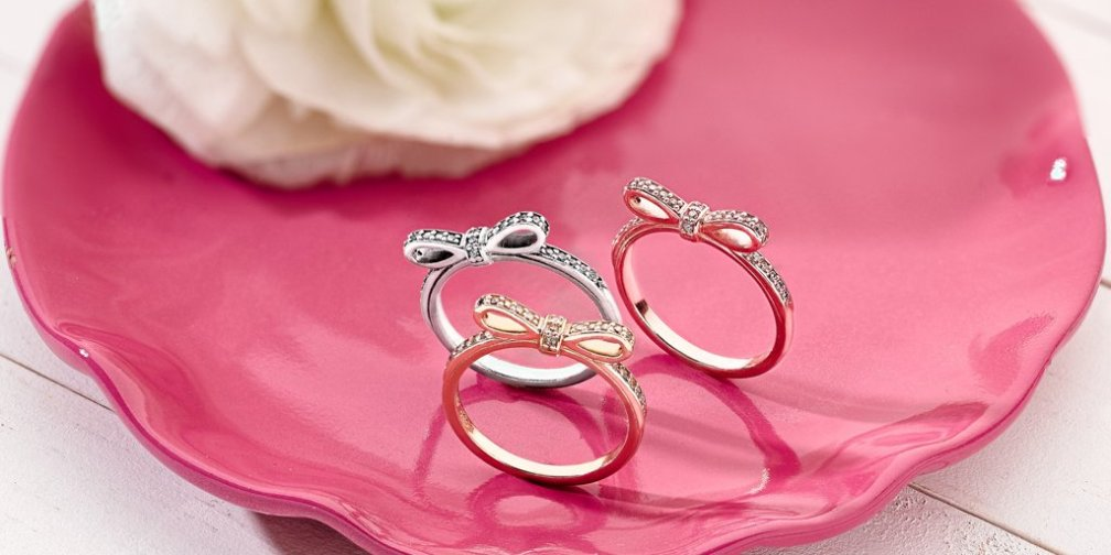 PANDORA Sparkling Bow Rings