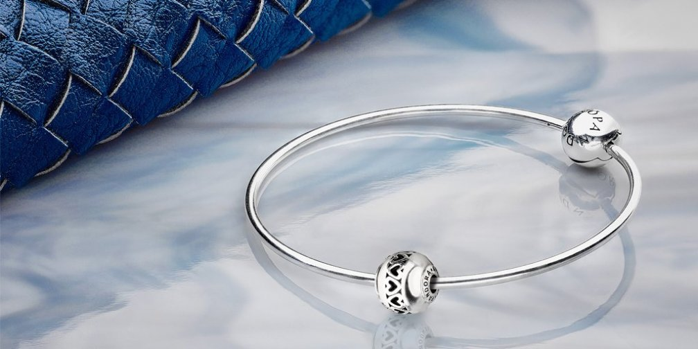 PANDORA Essence Bangle with Love Charm