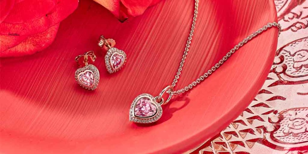 PANDORA Rose Sparkling Love Jewelry