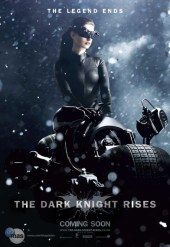 catwoman-caballero-oscuro-la-leyenda-renace-poster