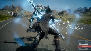Final Fantasy XV (lucha en carretera 4)