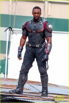 chris-evans-anthony-mackie-get-to-action-captain-america-civil-war-22