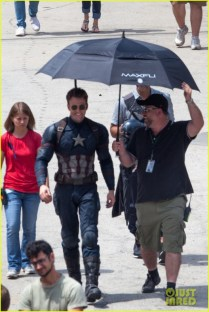 chris-evans-anthony-mackie-get-to-action-captain-america-civil-war-41