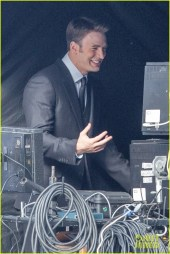 chris-evans-first-captain-america-on-set-photos-05