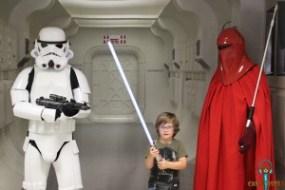 ¿Podrá este pequeño con la Guardia del Emperador?