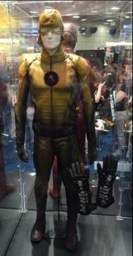 traje flash 2