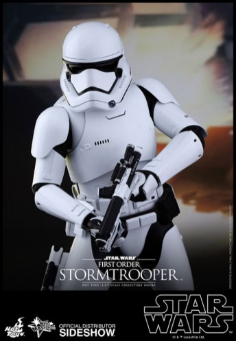 Hot Toys Star Wars VII 17