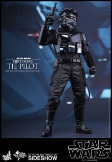 Hot Toys Star Wars VII 33