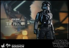 Hot Toys Star Wars VII 37