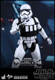 Hot Toys Star Wars VII 8