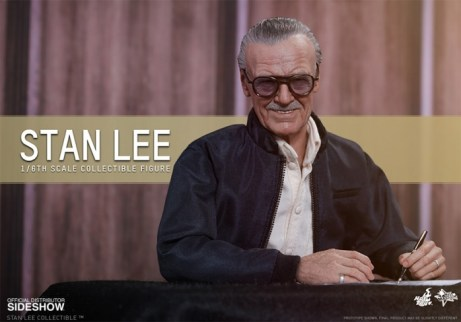 Stan Lee Hot Toys 1