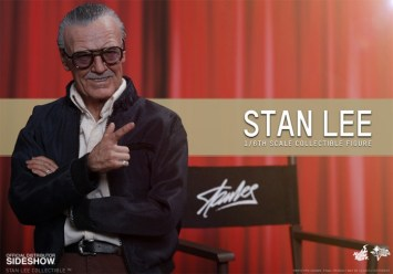 Stan Lee Hot Toys 4