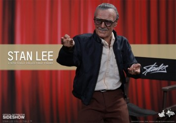 Stan Lee Hot Toys 5