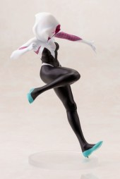 Koto-Bishoujo-Spider-Gwen-009