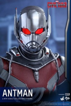 Ant-Man Hot Toys (17)