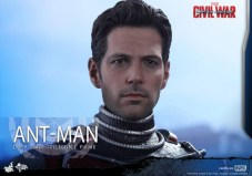 Ant-Man Hot Toys (18)