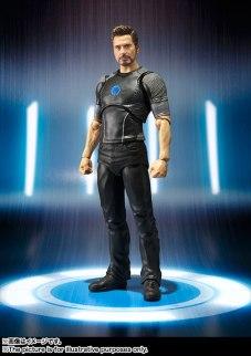 SH Figuarts Tony Stark (1)