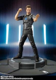SH Figuarts Tony Stark (2)