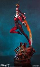 Tweeterhead presenta una nueva figura de Harley Quinn 009
