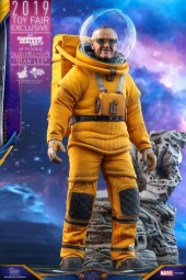 https___hypebeast.com_image_2019_07_stan-lee-guardians-of-the-galaxy-vol-2-hot-toys-5