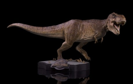 final_battle_t-rex-18_x1600