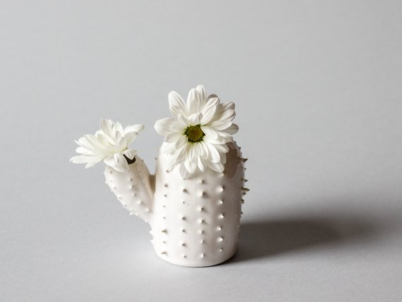 FLOWER VASES THAT BREAK SCHEMES 10
