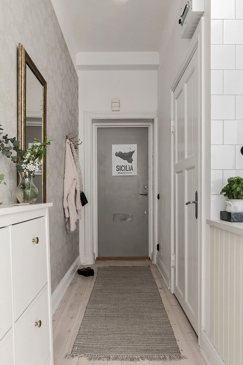 Romantic Scandinavian apartment 15