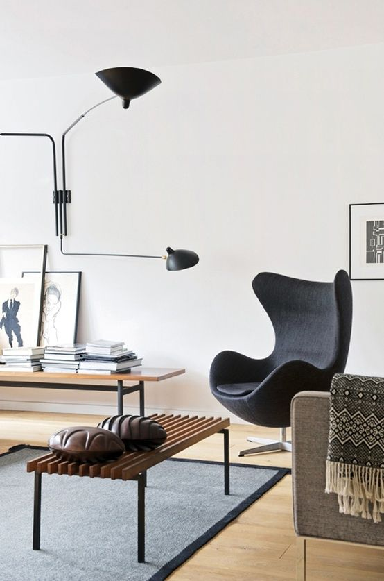 The Egg chair as the protagonist of these interiors 08