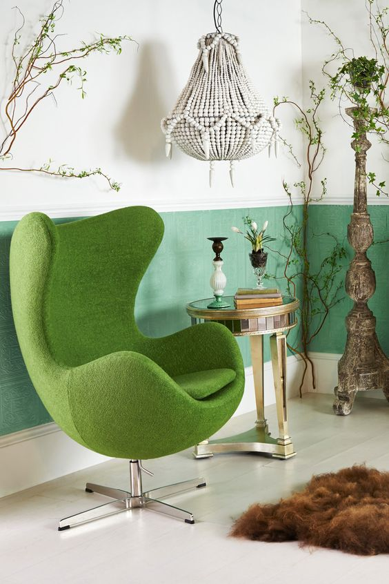 The Egg chair as the protagonist of these interiors 10
