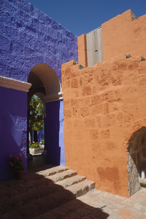 Convent of Santa Catalina and its color palette 05