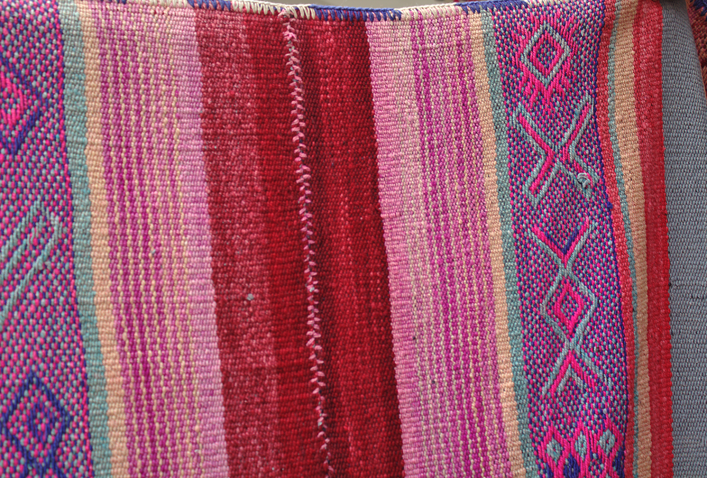 Peruvian frazadas traditional ethnic textiles for home 09
