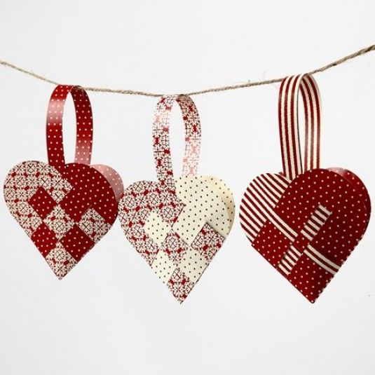 Christmas hearts to decorate the tree 02