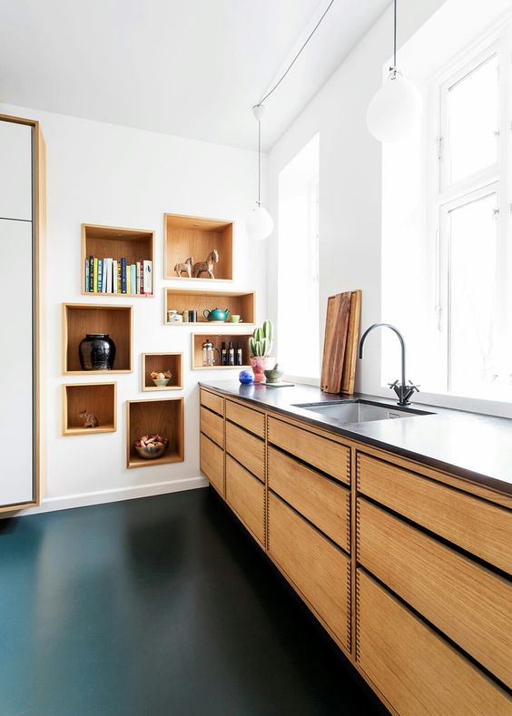 How to illuminate your kitchen countertop if you do not have upper cabinets or shelves 04
