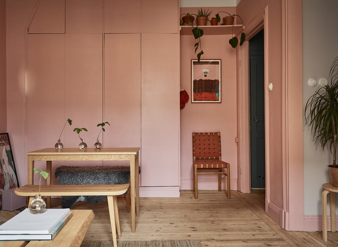 Pink and cherry A romantic, sophisticated and fresh apartment 08
