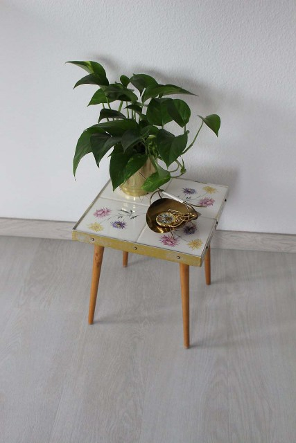 Tables and boho tiles Do they combine in a decoration 14