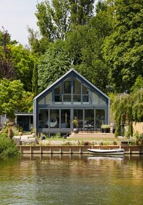 """Une maison """"amphibie"""" qui flotte sur l'eau en cas d'inondation"""