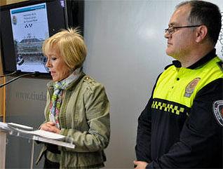 Teresa Aguirre en rueda de prensa