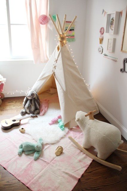 La Chaise Bleue pour les petits: tepees and tents for kids