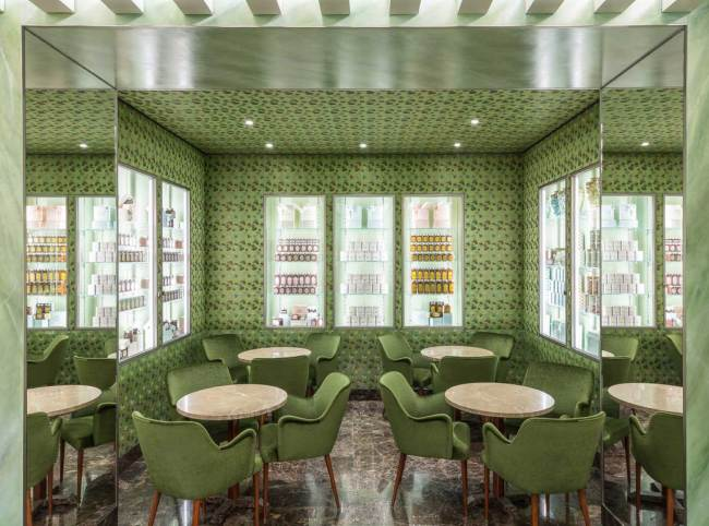 Greenery | PANTONE Color of the Year 2017 | Selected by La Chaise Bleue (lachaisebleue.com) | PASTICCERIA MARCHESI (MILANO) by Roberto Baciocchi