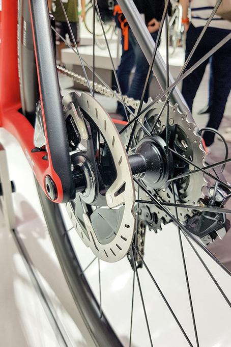 BMC Teammachine SLR01 disc hauban