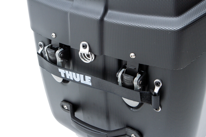 Thule Roundtrip Transition fermee sanglee