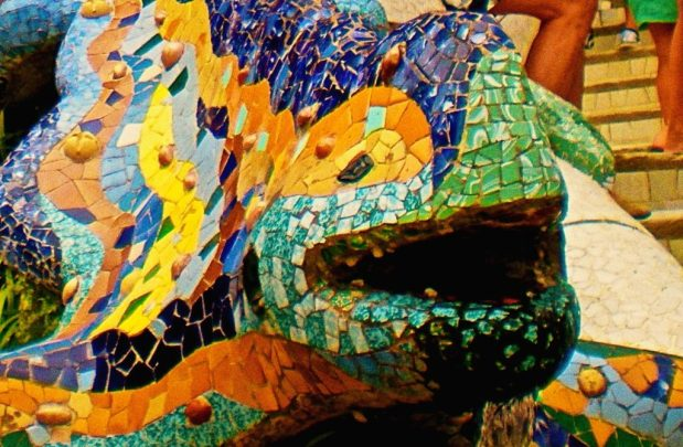 Parc Güell massoneria e magia_salamandra dettaglio