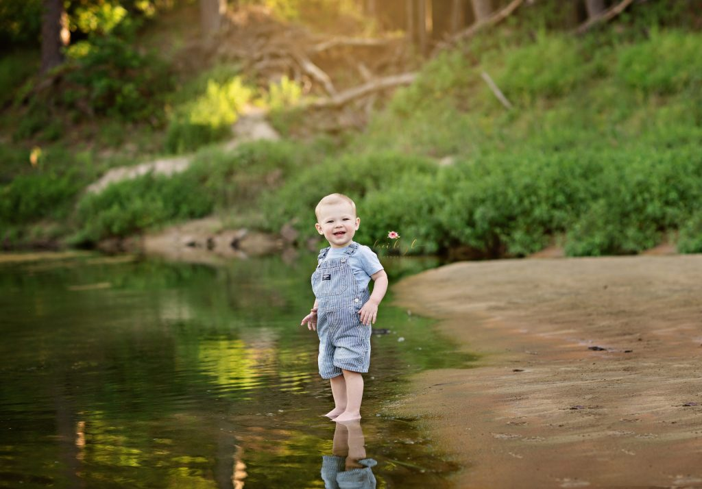 Creek Sessions - The Woodlands Photographer