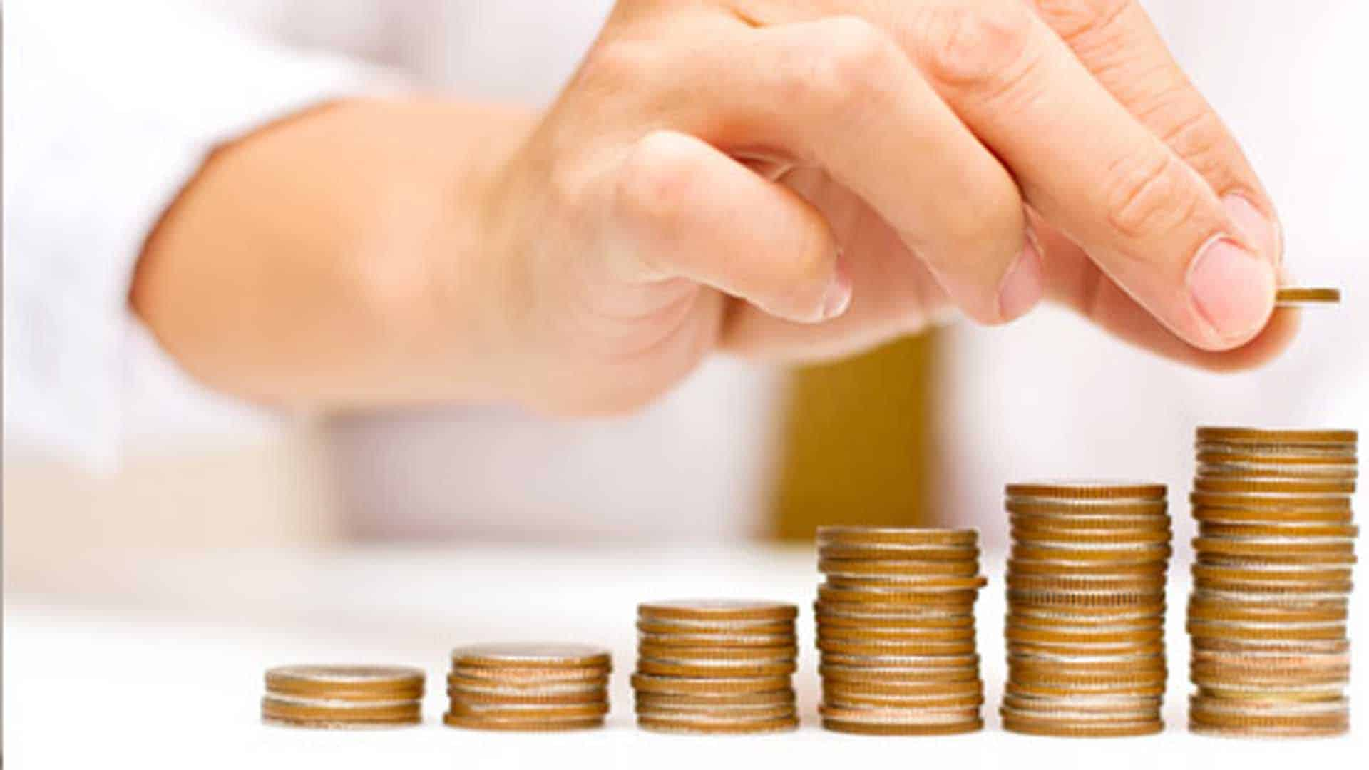 Presupuesto familiar: El pago de los servicios e impuestos ya absorbe el 55% del salario